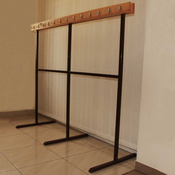 free-standing-clothes-rack